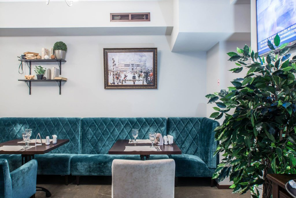 Cozy restaurant in the heart of Moscow, interior design. Real pictures of the finished restaurant.